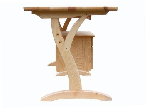 waldorf asztal.jpg