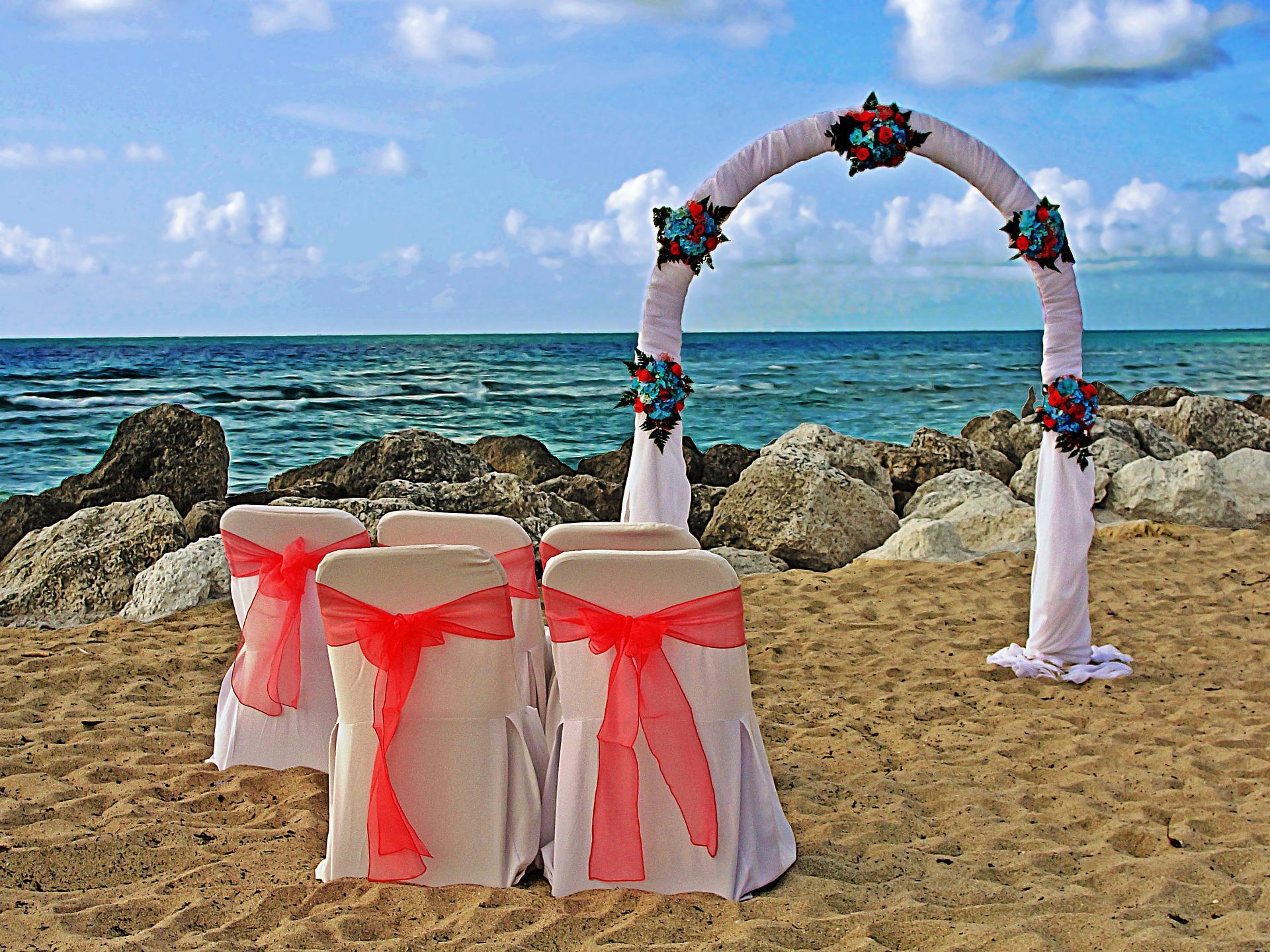 c7ab972922 Esküvő külföldön - luxus vagy sem? - Fapados Esküvő