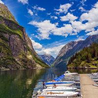 Új fapados járatok: fillérekért a fjordokhoz és Dél-Portugáliába