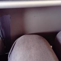 Jól jön a szigszalag a nulla lábterű Wizz-gépen