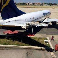 Jól megtörtek egy Ryanair-gépet Rómában