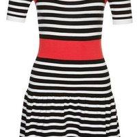 Fekete-fehér-piros csíkos rövid ujjú kötött ruha (Morgan) 02a66cba71