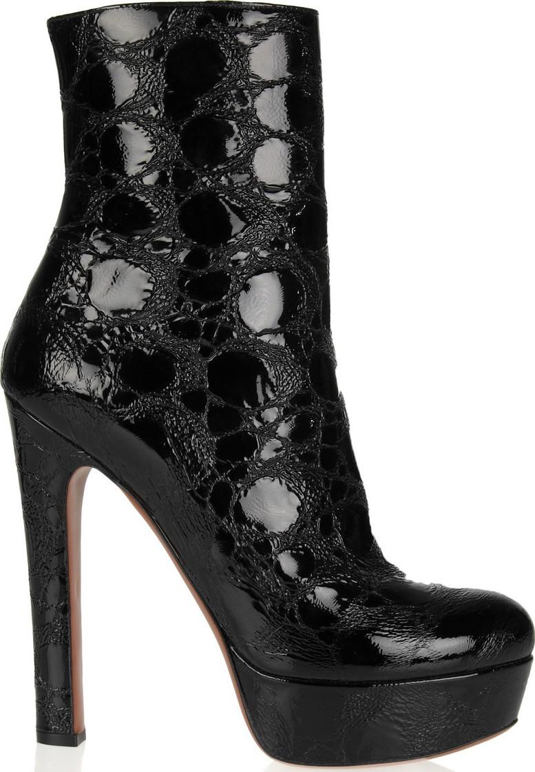 Krokodilbőr hatású fekete lakk csizma (Alaïa) - Fashion e3efd6b2c9