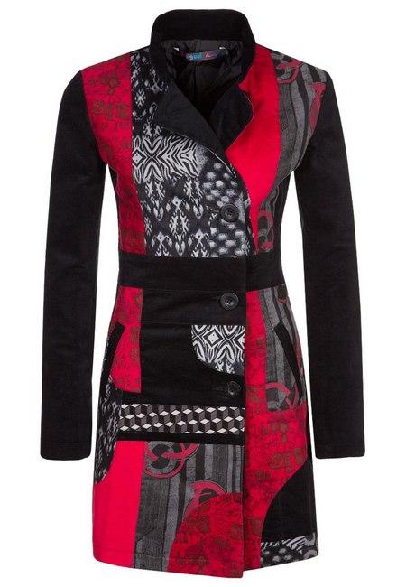367b01caa7 Fekete-piros mintás kabát (Desigual) - Fashion, Style & Beauty