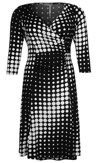 Fekete-fehér pöttyös ruha (Ulla Popken) - Fashion 86dd5a0304
