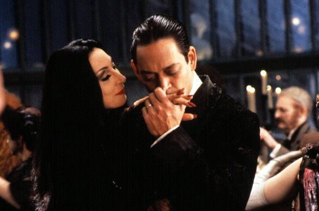 12-reasons-gomez-and-morticia-addams-have-the-lov-2-22428-1439482857-8_dblbig.jpg