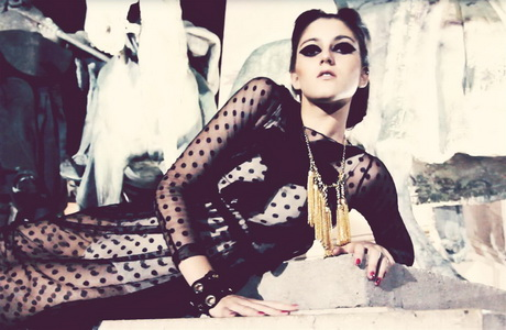 460-fashion-video-festival-glamour-2011-d0000FCA1c86dfb8b23c5.jpg