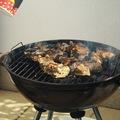 """Grill 2.0 – Grillen sült """"baby ribs"""", görög saláta, héjában sült rozmaringos burgonya,  tzatziki"""