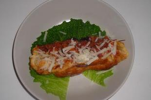 Leveles tésztában sült bolognai ragu kelkáposztával