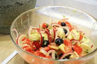 Mozarella saláta pesztóval