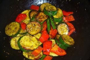 Provance-i cukkini tésztával