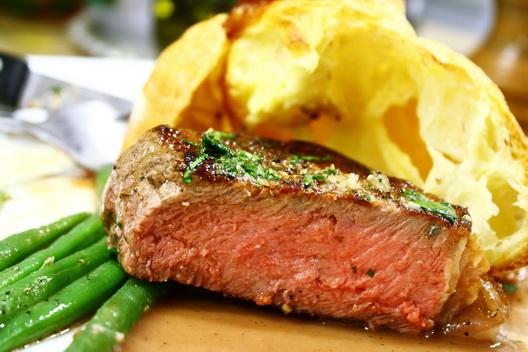 steak_argentin_hátszin_kész_félbe.jpg