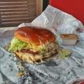 Van olyan, hogy túl sok sajt? - Double Fondue Burger