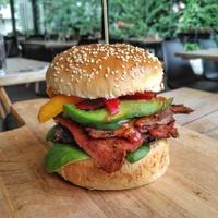 Marhacsa Burger