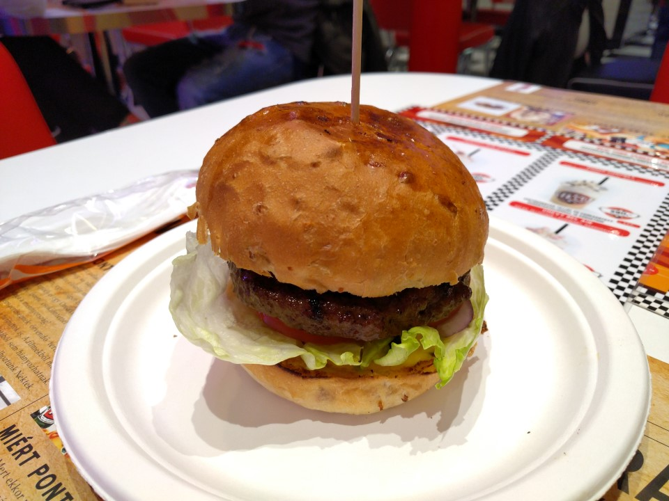 wow_diner_boston_red_sox_burger_1_custom.jpg
