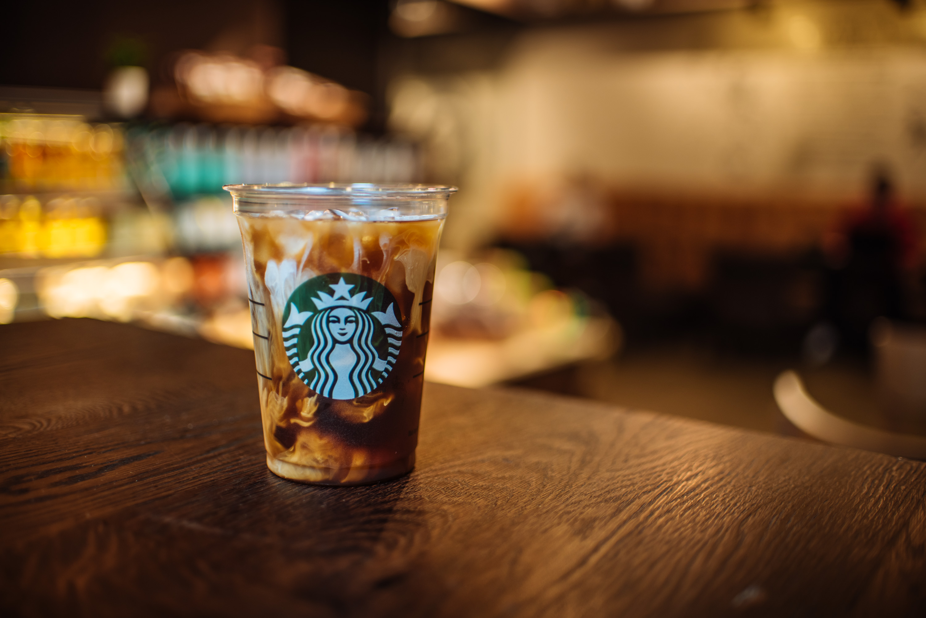 starbucks-vanilla_sweet_cream_cold_brew_1.JPG