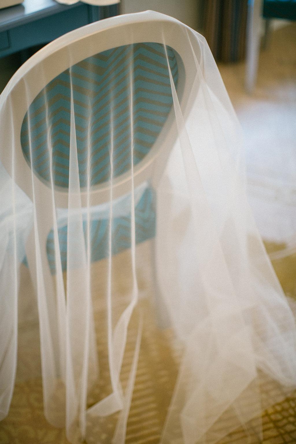 Menyasszonyi ruha, fátyol tárolása és tisztítása
