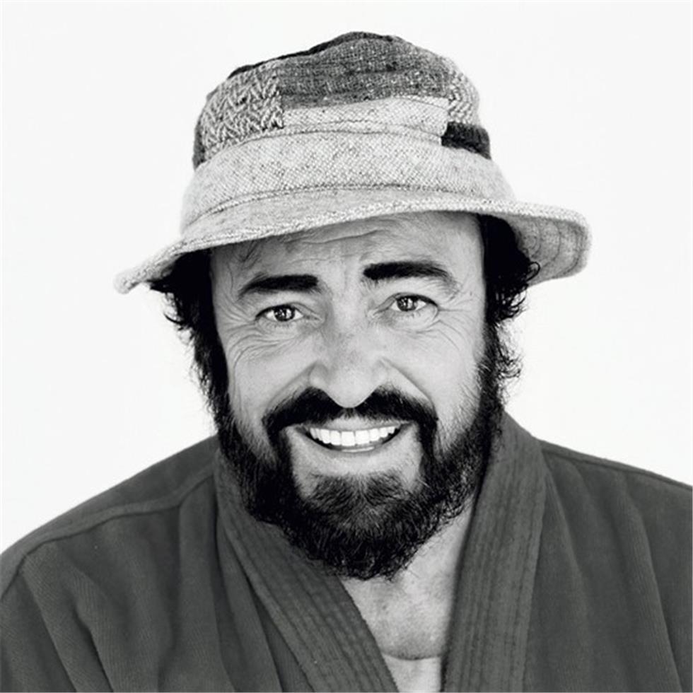 pavarotti_jpg.jpg
