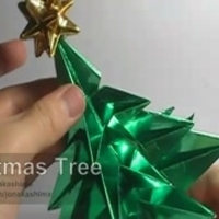 Keleti tradíció+nyugati kultúra = origami karácsonyfa