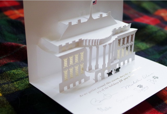 Pop-Up-Christmas-Card-from-White-House4-640x437.jpg