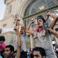 Tüntetés az emberiesség mellett