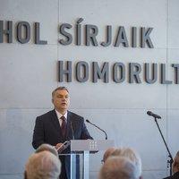 Beszélő idézet Orbán mögött