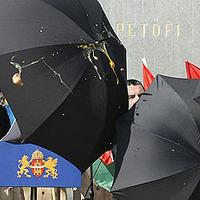 Abu Ghraib Budapesten, avagy diktatúra-e vagy?
