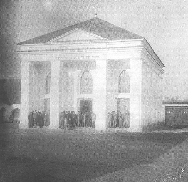 kiskunhalasi_zsinagoga.jpg