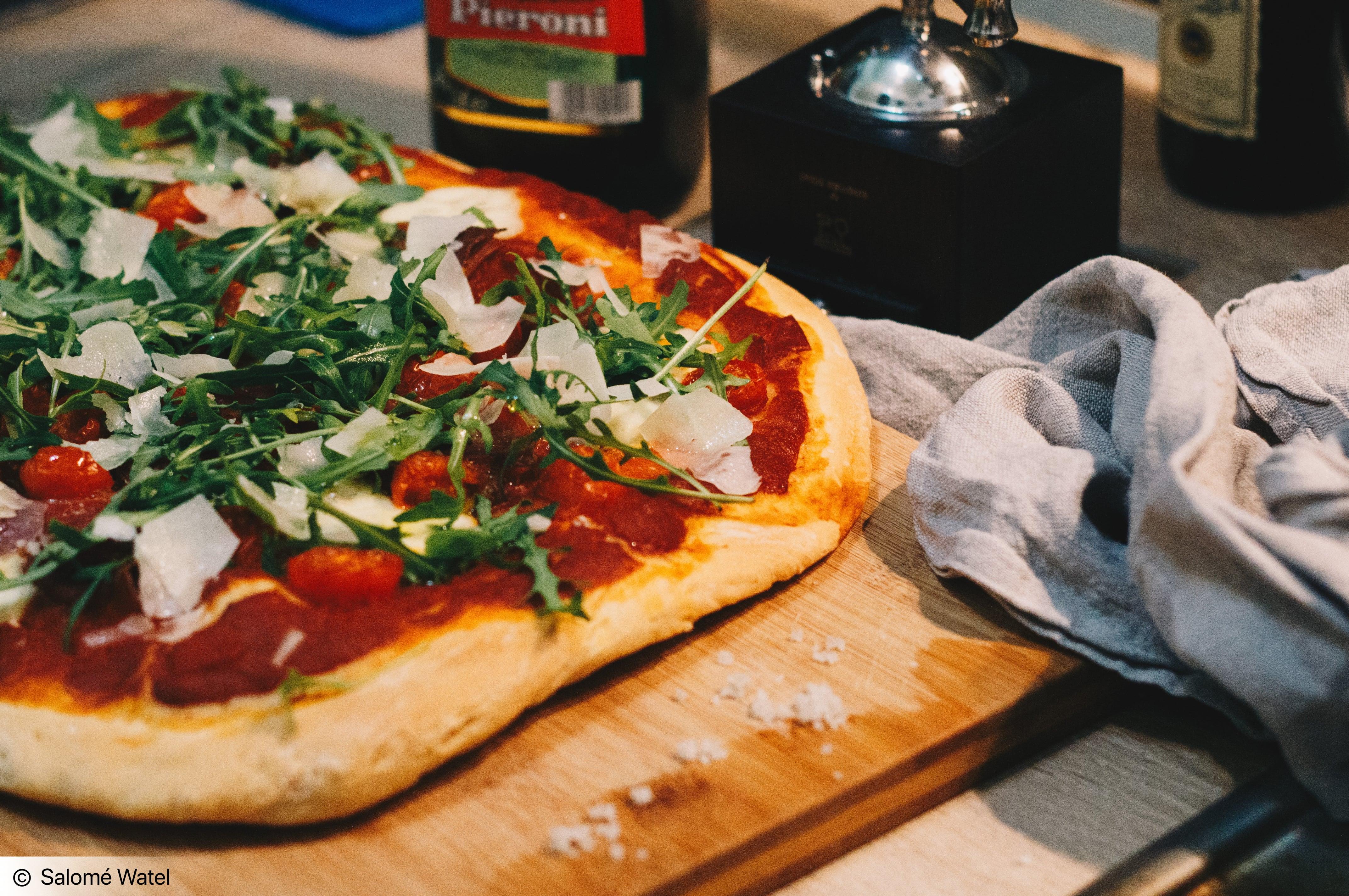pizzaaa.jpg