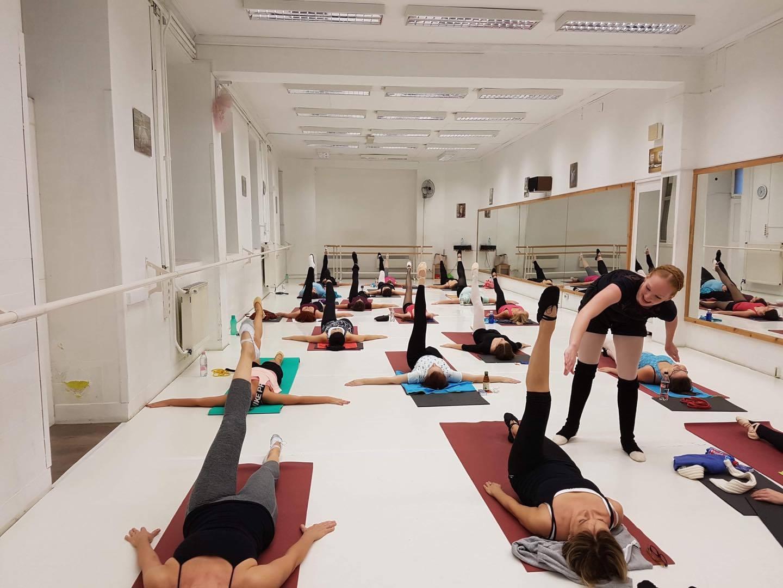 stretching_ora.jpg