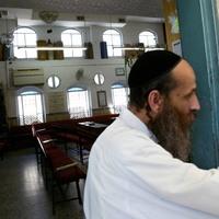 Jelentés az erkélyről - A vallás és az orvostudomány viszonyáról