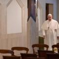Történelmi döntés: Ferenc pápa hívek nélkül tartja meg a húsvéti liturgiát