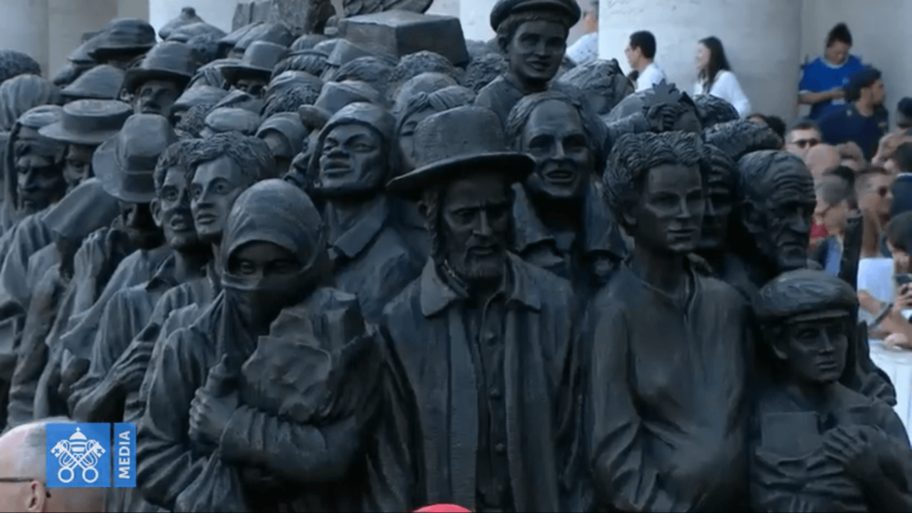 migrant-sculpture.png