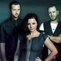 Turnéra indul az Evanescence