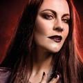 Szívesen emlékszik vissza Nightwish-es karrierjének kezdetére és korábbi együtteseire Floor Jansen