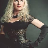 Liv Kristine: újabb részletek az énekesnő Leaves' Eyesból való kirúgásáról