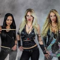 A Shadowrise énekesnője áll a Burning Witches élére