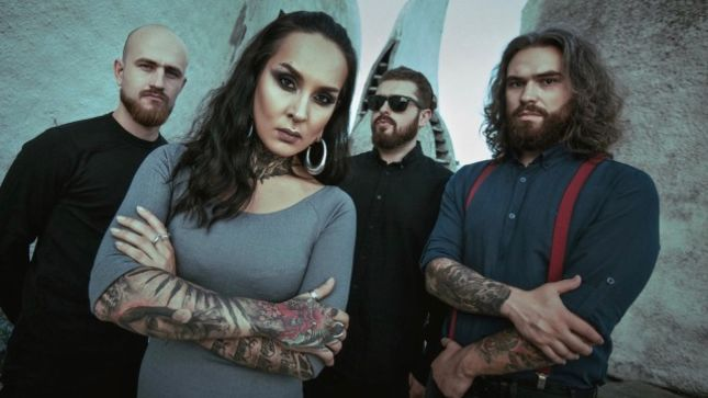 5d99fb54-jinjer-bassist-eugene-abdukhanov-american-fans-are-extremely-dedicated-and-extremely-crazy-during-the-show-video-image.jpg