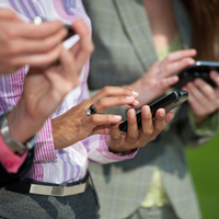 Miért érdemes okostelefonon és táblagépen hirdetni?