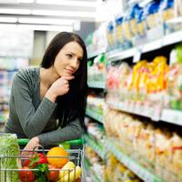 Mennyit költenek és hol tájékozódnak a nők bevásárlás esetén?