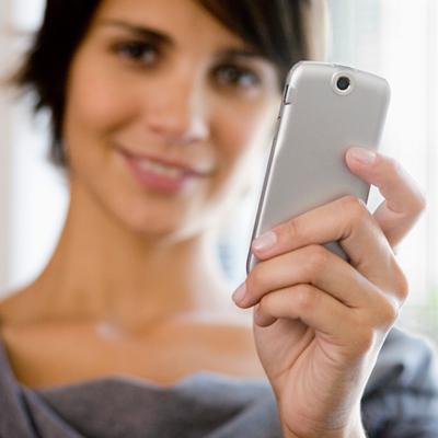 Napi átlag 7 órát pötyögünk mobil kütyüinken!