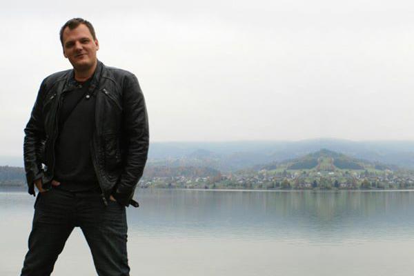 Bacsa Péter, az OMD account managere