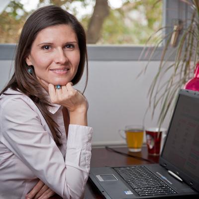 Fejlesztési vezetőnk 10 éves jubileumát ünnepli a Femina Medianál - Interjú Horváth Júliával