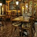 Belga étterem a Duna mellett: nagy sörválaszték és finom ételek