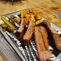 Húsimádók, figyelem: Budapest egyik menő barbecue éttermében jártunk