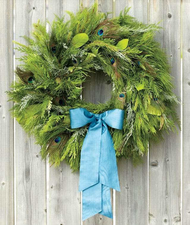 Klasszikus karácsonyi ajtó-koszorúk