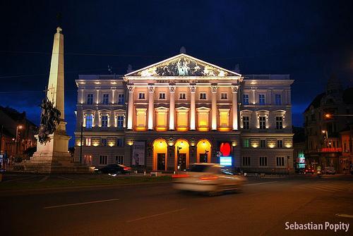 arad színház.jpg