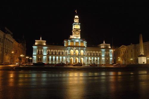 arad városháza ma éjjel.jpg
