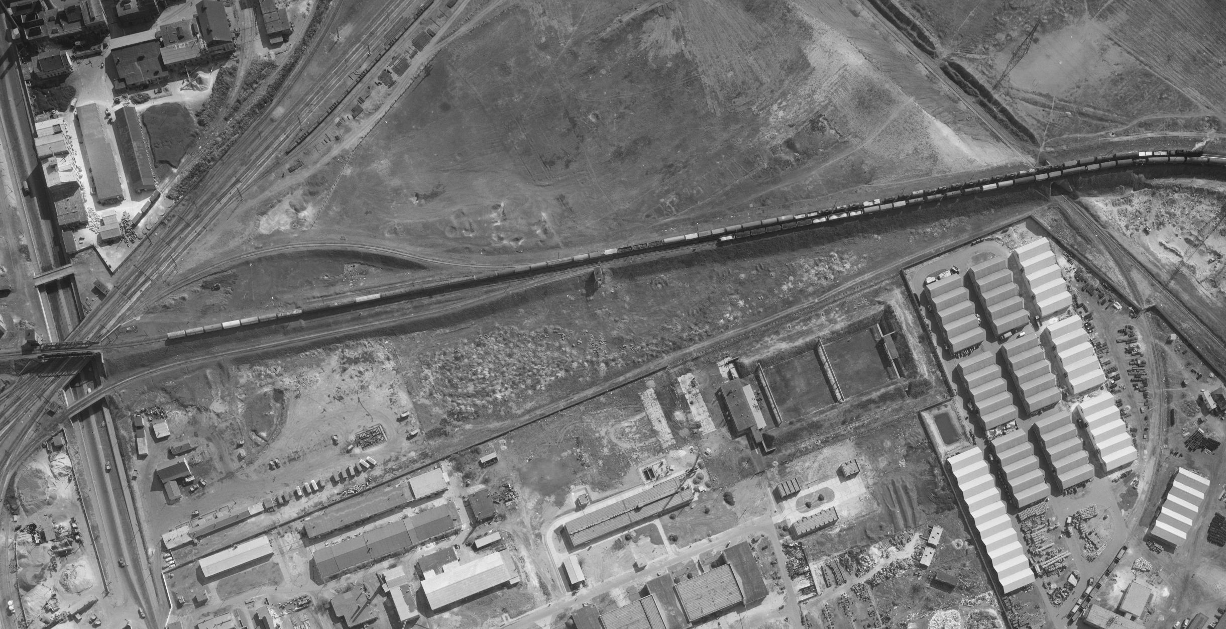 1972_0010_0441_vonat_58kocsi.JPG