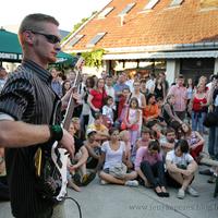 Veszprém - Utcazene Fesztivál - 2008 - képek: Naked Gun és a Rubber Puppet
